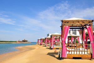 Sunrise Crystal Bay Resort cabana's