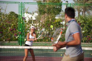 Sunrise Crystal Bay Resort tennisbaan